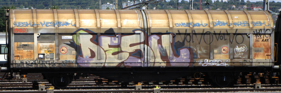 £desm SBB-güterwagen graffiti zürich cargo train graffiti freights