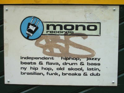 MONO RECORDS ZÜRICH FROSCHAUGASSE  ZÜRICH ALTSTADT. independent, hiphop, jazzy beats and flava, drum and bass, old skool, latin, brassilain, funk, breaks and dub